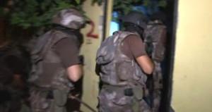 Adana merkezli 3 ilde uyuşturucu tacirlerine operasyon: 18 gözaltı!