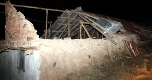 Yozgat'ta etkili olan hortum çatıları uçurdu, ağaçları kökünden söktü!