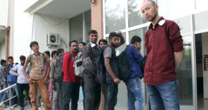 174 kaçak göçmen, 50 kişilik otobüsten çıktı