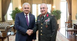 Ankara'da sıcak saatler! Komutanlar tek tek Çankaya'ya çıkıyor