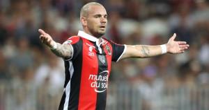 Galatasaray'dan ayrılan Sneijder, Fransa'da şoku yaşıyor