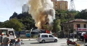 Sarıyer'de büyük yangın! Otoparktaki araçlar cayır cayır yandı