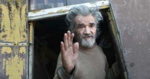 71 yaşında dilencilik yapan adama yardım ettiler, bakın nasıl değişti!