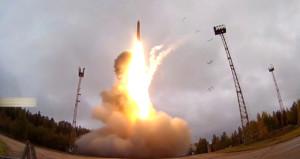 Rusya, dünyaya meydan okudu! Kıtalararası nükleer füze fırlattı