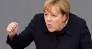 Merkel'den Türkiye'ye küstah tehdit: İşbirliğini azaltabiliriz