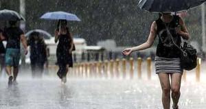 İstanbul'da beklenen sağanak ve dolu yağışı etkili oldu!