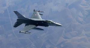 Jetler Kuzey Irak'a girdi! PKK, kamplarına bomba yağdı