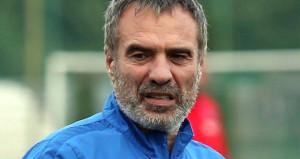 Daha Trabzon'dan ayrılmadan yeni takımıyla el sıkıştı