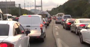FSM'de yol çalışmasının başlamasıyla İstanbul trafiği kilitlendi!