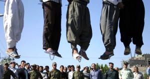 Referandum devam ederken, Bağdat hükümeti 42 mahkumu idam etti