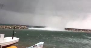 Biga'da denizde meydana gelen hortum, saniye saniye kamerada!