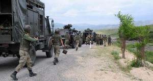 Diyarbakır'da çatışma: 2 güvenlik görevlisi yaralandı