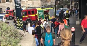 Londra metrosunda yangın paniği! Yolcular kaçarken kaos çıktı