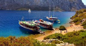 Türkiye'den Yunan adalarına gidecekler dikkat! Seferler yasaklandı