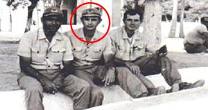 Fotoğraftaki topçu asteğmen şimdi muhalefet lideri