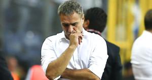6-1'lik hezimet sonrası Trabzonspor'da Ersun Yanal'la yollar ayrıldı