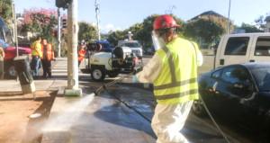 Önce yangın şimdi salgın! ABD'de sokaklar çamaşır suyuyla yıkanıyor!