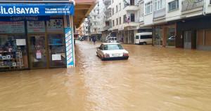 Artvin sular altında! Yağmur yağdı, böyle oldu