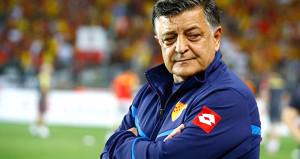 Yılmaz Vural: Türk futbolu diye bir şey yok, orta oyunu oynuyoruz
