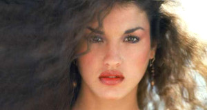 Bir zamanların güzelliğiyle mest eden modeliydi, şimdi estetik faciası