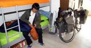 Çin'den Paris'e kadar bisiklet sürecek