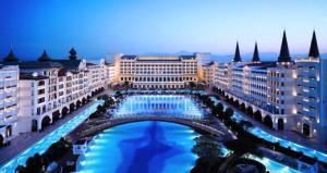 Dünyanın en lüks oteli borç batağında! Suları bile kesildi