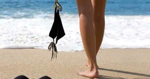 Çıplak güneşlenmeyi sevenler bu plajlara akın ediyor!