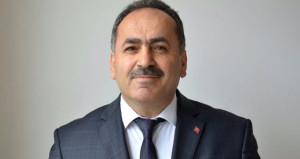 Müvekkilini dolandıran AK Parti ilçe başkanı istifa etti