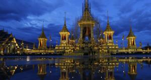 İşte Tayland kralının yakılacağı saray! Tam 10 ayda yapıldı