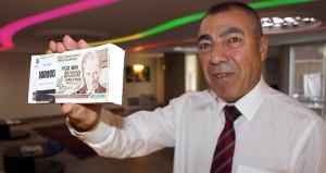 El değmemiş eski paraları 3 bin liradan satıyor