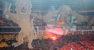 Galatasaray'da derbi öncesi yine şov var