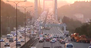 İstanbul'a akşam sürprizi! FSM'de tüm şeritler bu akşam tekrar açıldı
