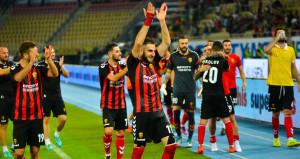 Avrupa Liginde Feneri eleyen Vardar, şimdi tanınmaz halde