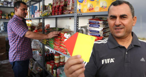 FIFA kokartlı hakem, Türkiye'de bakkallık yapıyor