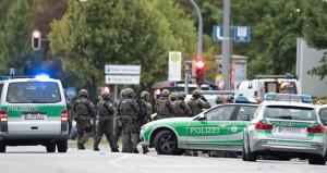 Almanya'da bıçaklı saldırı dehşeti! 4 kişi yaralandı