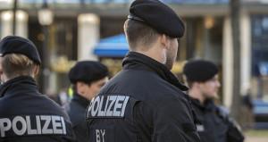 Almanya'da bıçaklı saldırı dehşeti! Bölgede yaralılar var