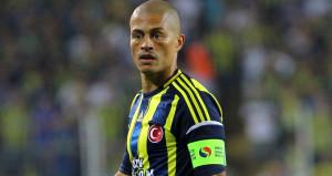 Fenerbahçenin paylaşımı, kendi taraftarını üzdü: Alex nerede?
