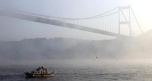 İstanbul sis altında! Şehir Hatları seferlerinde iptaller yaşanıyor