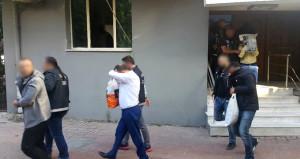 İzmir'in Escobar'ı, örgütün beyni olan annesiyle birlikte yakalandı!