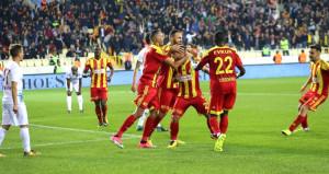Rıza hocanın ilk maçında Trabzon ağır yaralı