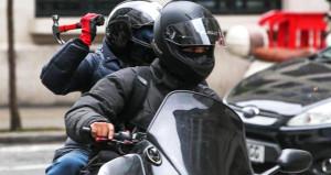 Ünlü futbolcu, motorlu gaspçıların kurbanı oldu