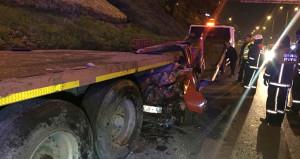 İstanbul'da feci kaza! TIR'a arkadan çarptı, feci şekilde can verdi