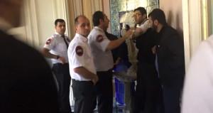 Abdülmecid Köşkü'ndeki sergiye saldırının görüntüleri ortaya çıktı