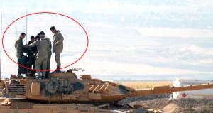 Sınırda işler ciddiye bindi! Asker ölüm makinelerini kuşandı