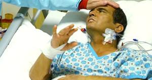Beyin kanaması geçiren Naim Süleymanoğlu acil olarak ameliyata alındı