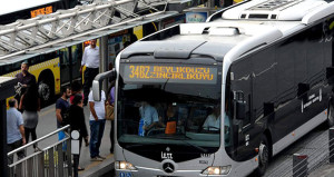 İstanbullulara metrobüs müjdesi! Silivriye kadar uzatılacak