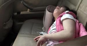 Ölmek üzereydi! Engelli kızını kilitleyip giden aile fırsatçıymış