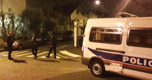 Paris'te polis dehşeti: Kayınpederini ve 2 kişiyi vurup kendine sıktı