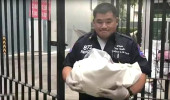 Erkek arkadaşına kızdı, bebeğini 17. kattan aşağı attı
