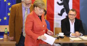 Türkiye düşmanlığı da kurtaramadı! Merkel, erken seçim çağrısı yaptı!